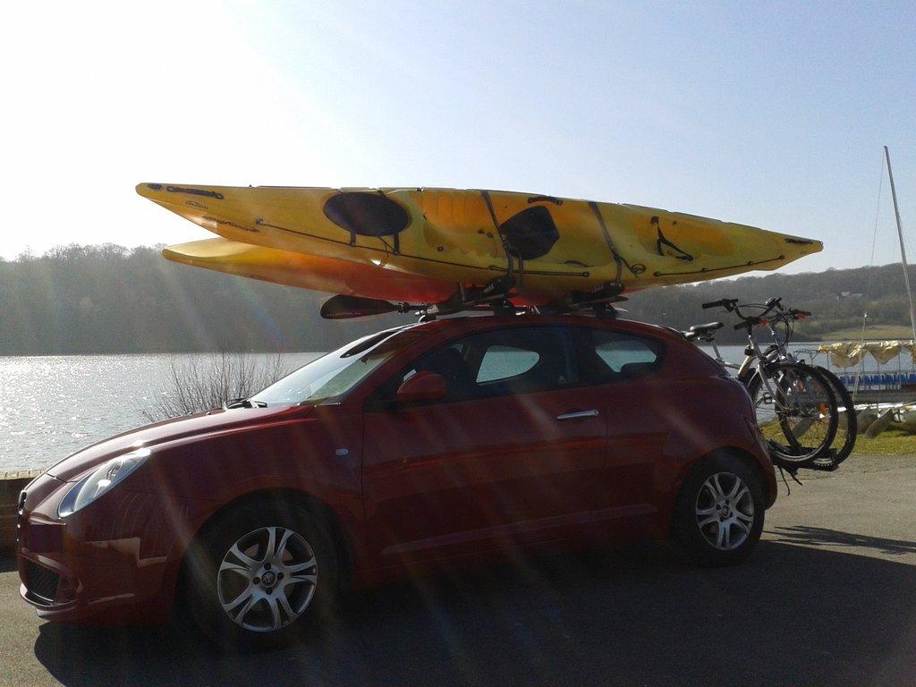Porte kayak thule hull a port pro 837 for Porte kayak voiture
