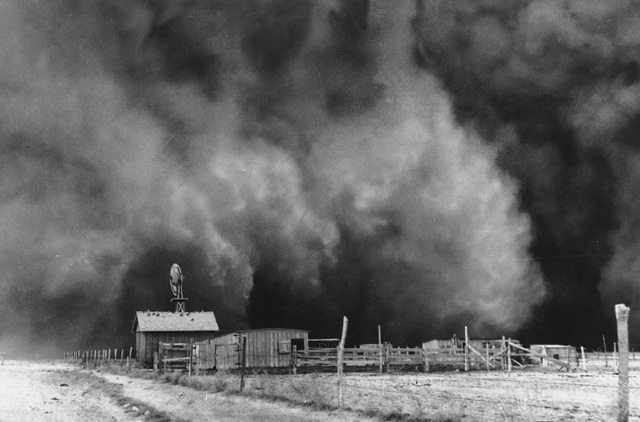 The Dust Bowl of the 1930s by Sharon Drake