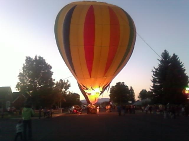 How Hot Air Balloons Work