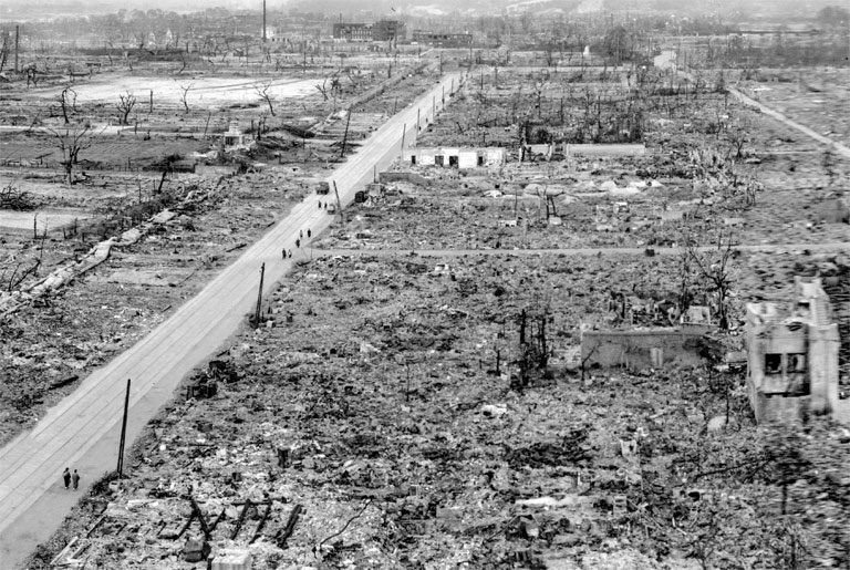 the background information of the hiroshima bombing and its place in us history