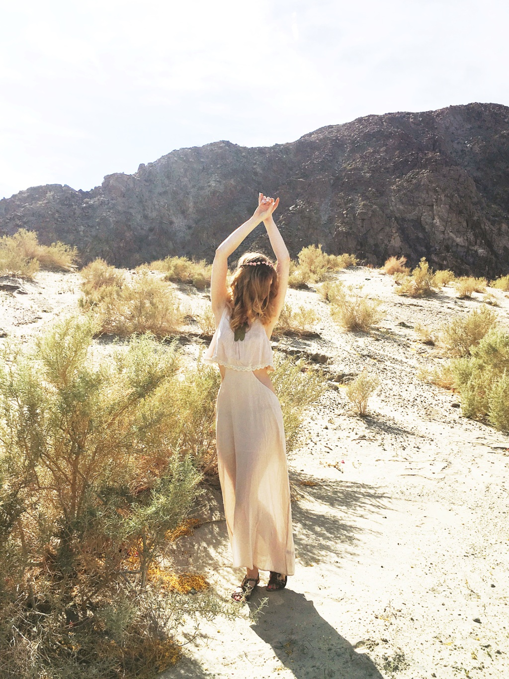 What to wear to Coachella // Festival style with Cactus and Fog x Tobi