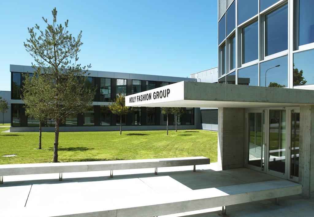 In beeld: De campus van Holy Fashion Group in Kreuzlingen