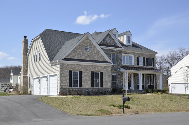4 BR/6BA Leesburg Home for Sale!