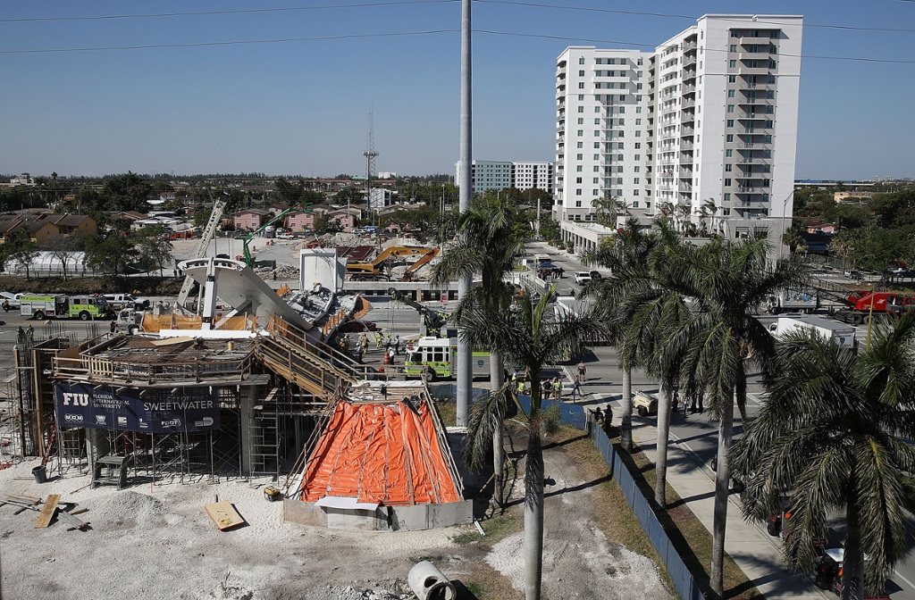 Collapse Of Florida Condo Boom >> Officer Responding To Bridge Collapse Thought It Was Terrorist