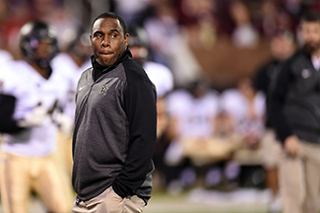 The brand  That s a mystery after a baffling debut season from first-time  head coach Derek Mason. After going 3-9 overall and winless in the SEC 02e16611a