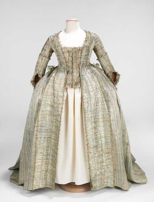 1700's Women's Fashion