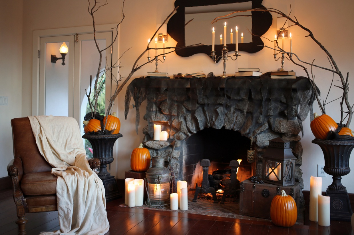 Simple Halloween Decor For The Fireplace Mantel