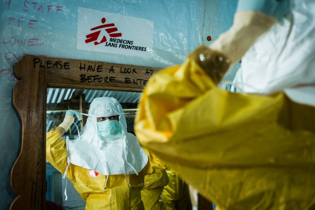 MSF worker preparing to help Ebola patients