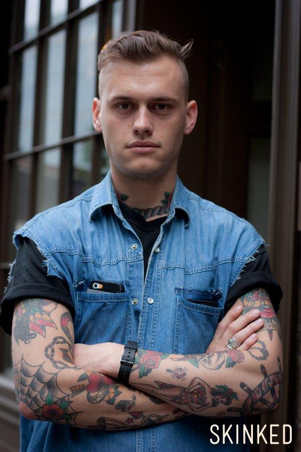 Le tatouage old school thinglink - Homme le plus beau du monde ...