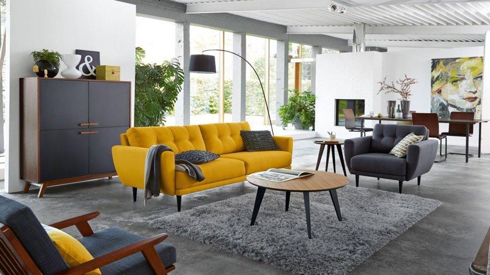 Canap vintage jaune moutarde 600 25 tapis shaggy gris - Que doit contenir un appartement meuble ...