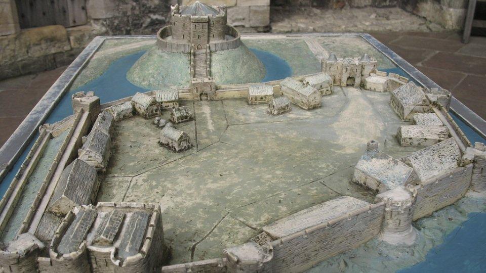 Castle Structure