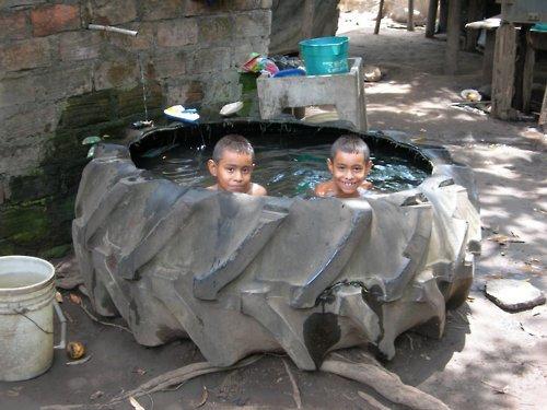 Фенси базен