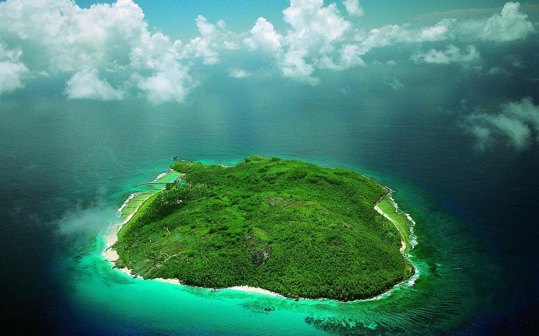 """Всем любителям """"Робинзонады""""! Ж. Верн """"Таинственный остров""""."""