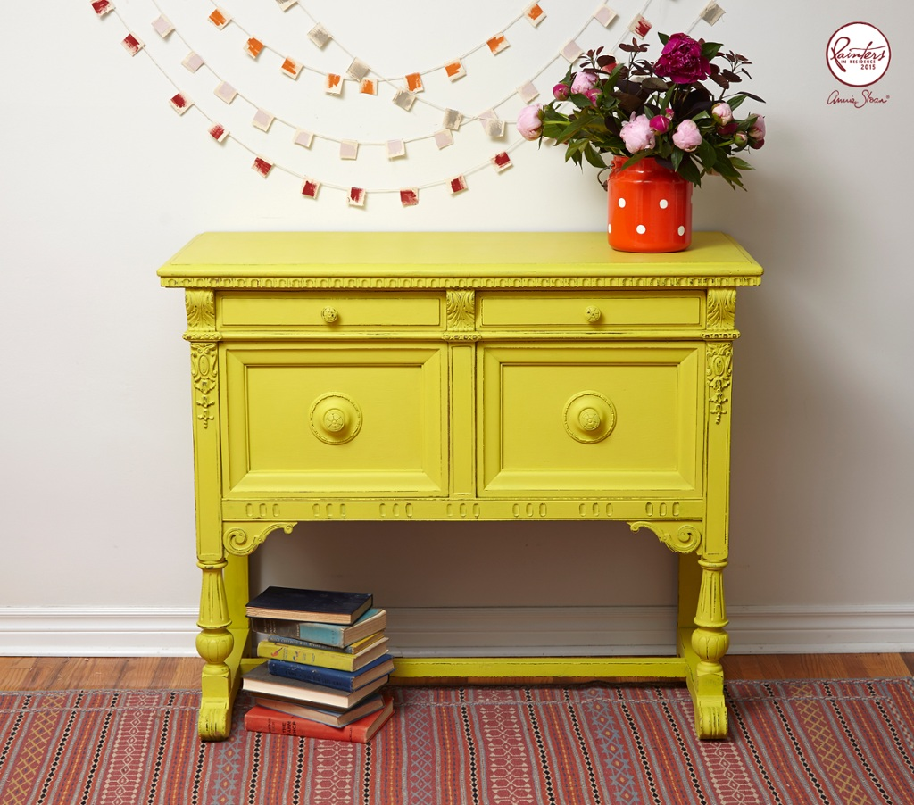 Inspiration jelena pticek sunny yellow sideboard annie - Como pintar muebles antiguos ...
