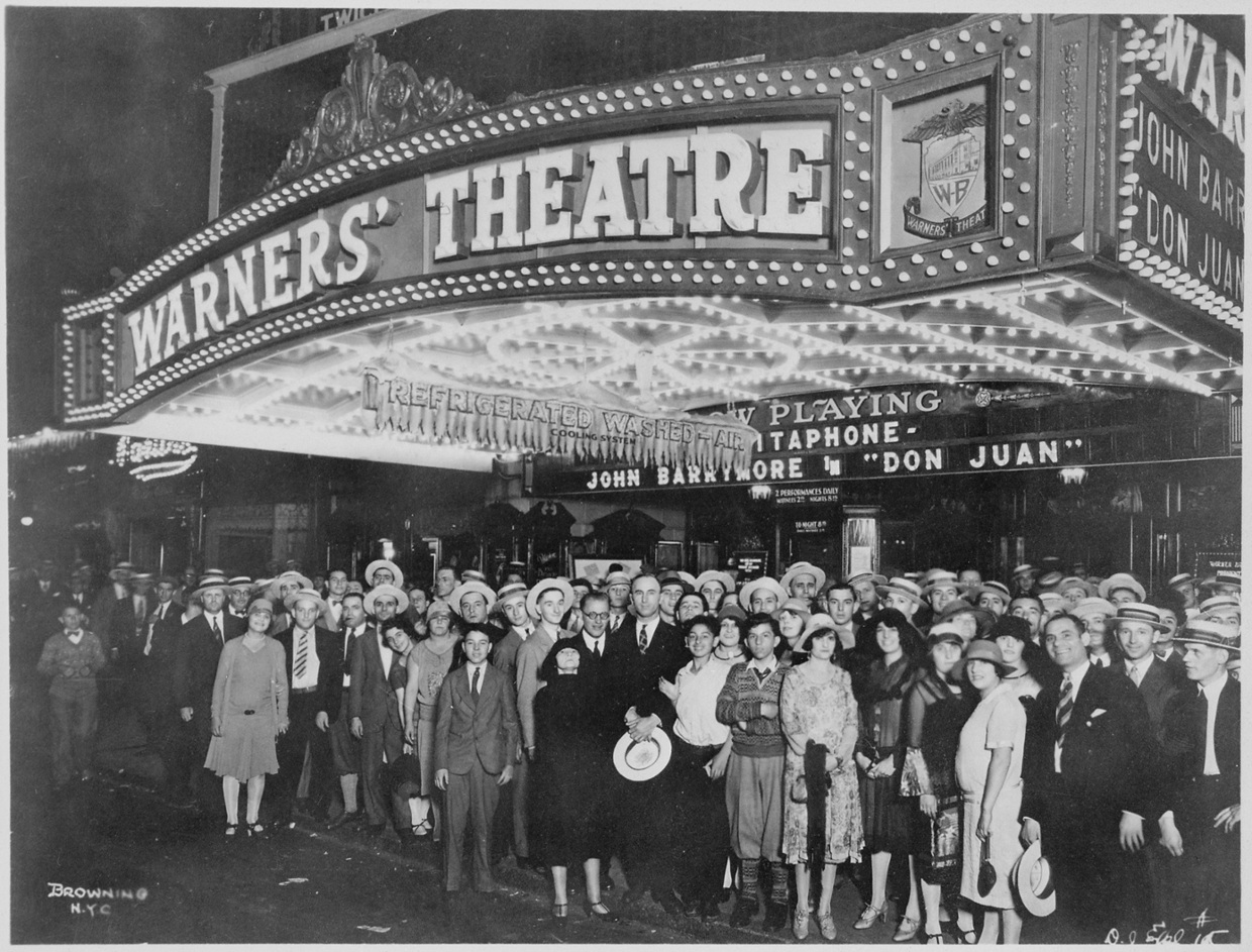 by the early 1920 u0027s many american towns had a movie thea