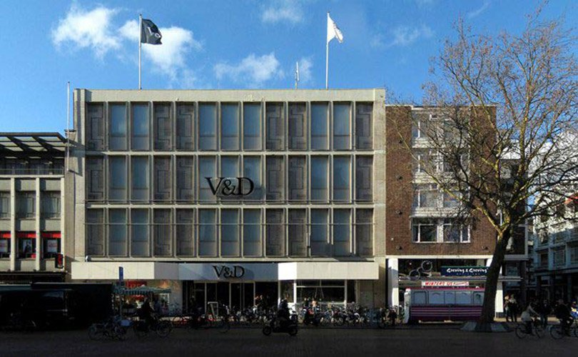 Overzicht: Winkelketens die recentelijk failliet gingen: https://fashionunited.nl/nieuws/business/overzicht-winkelketens-die...