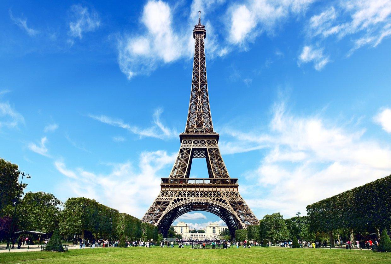 Fakta Menarik Tentang Menara Eiffel