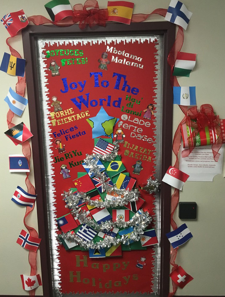 Clever Classroom Holiday Door D 233 Cor