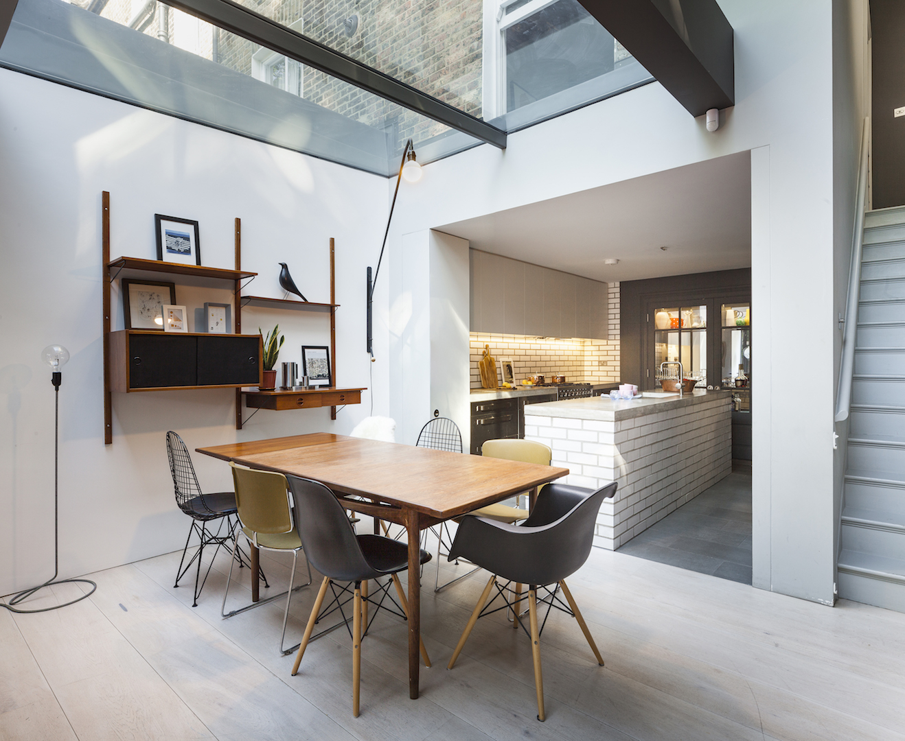 The Study House dining room, kitchen by Studio 30 Architects