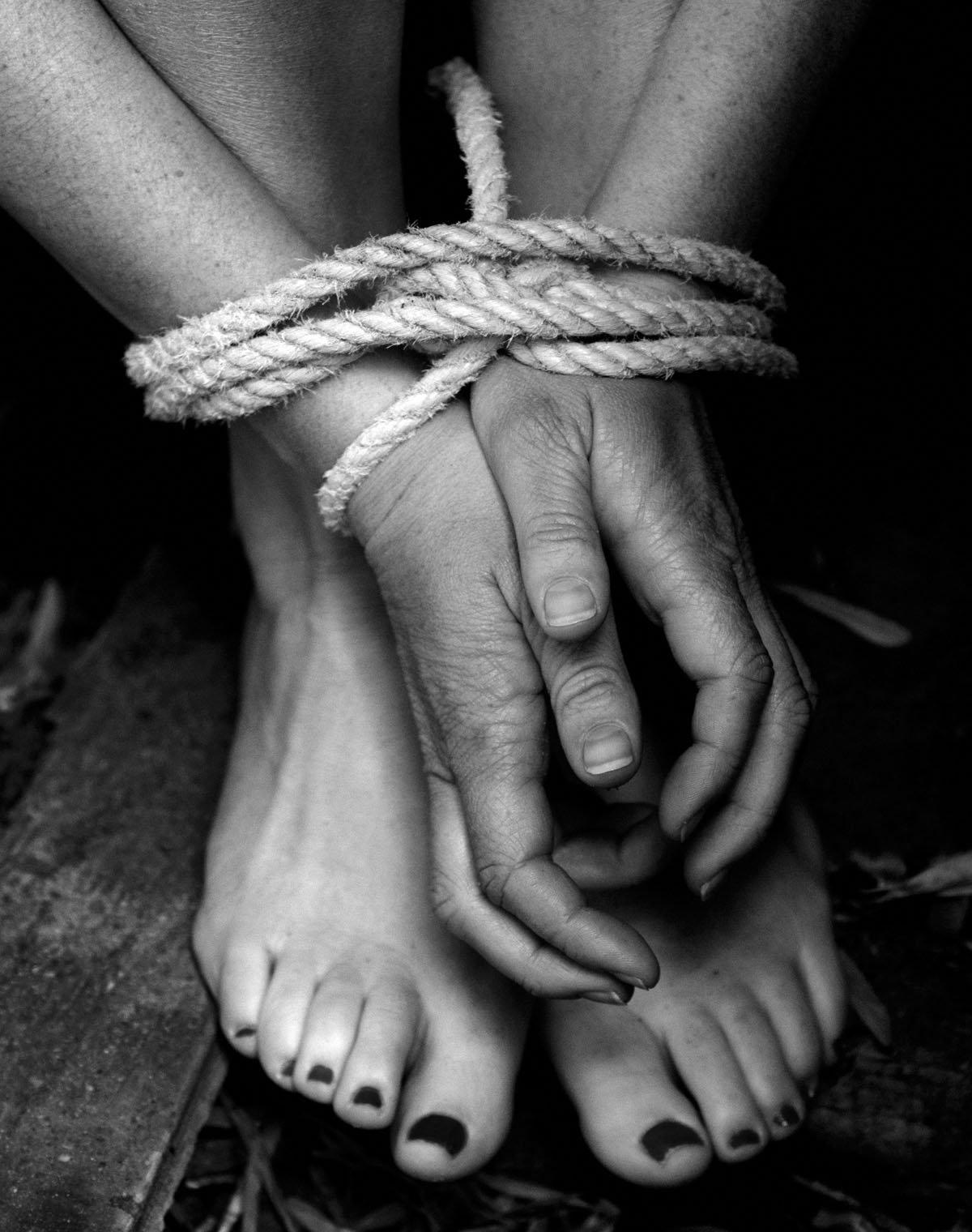 Bdsm vintage ebony rope 6