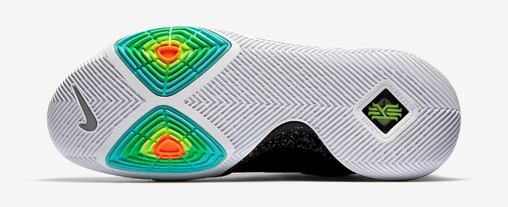 kyrie irvings shoes customize nike hyperdunks