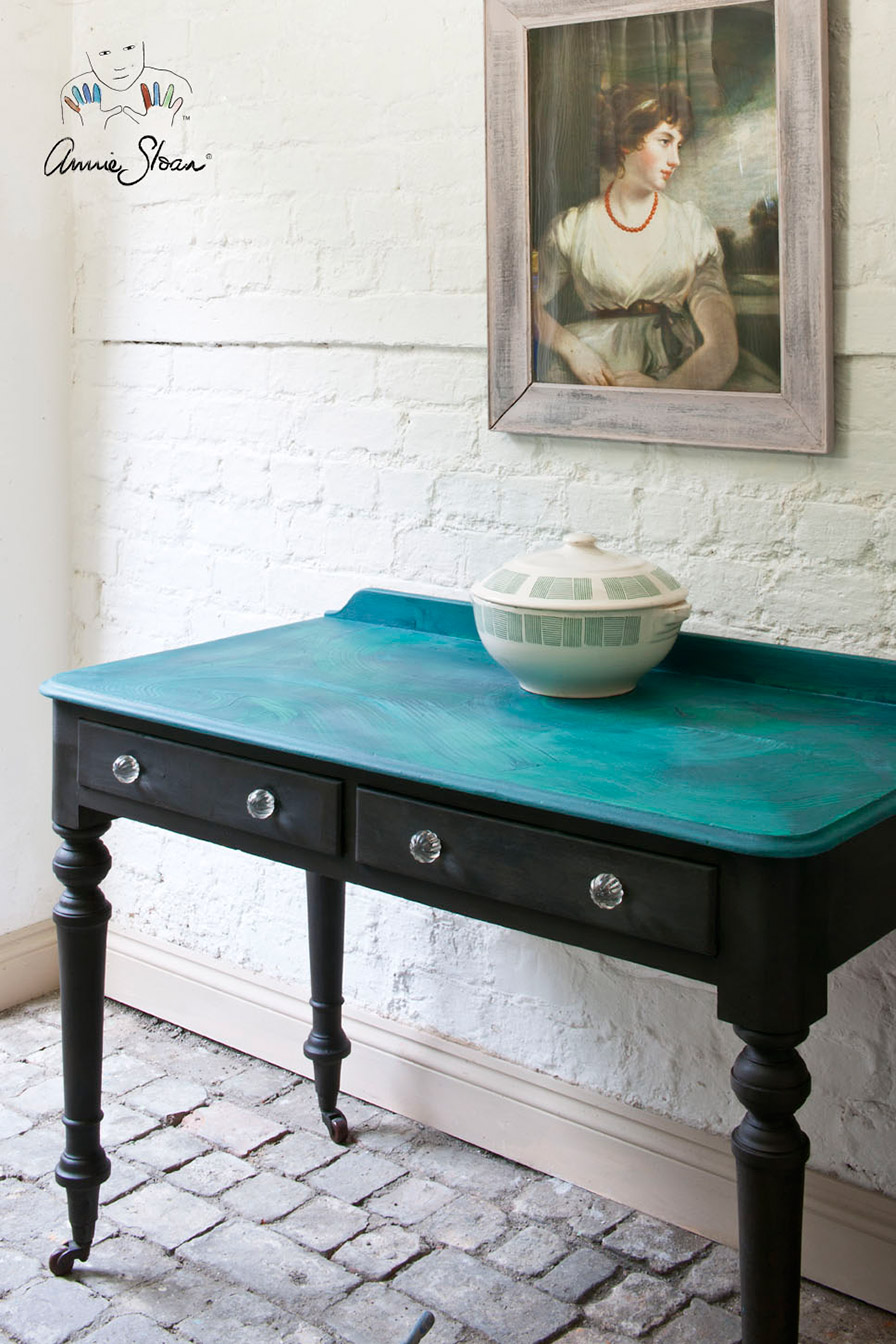 Malachite effect table