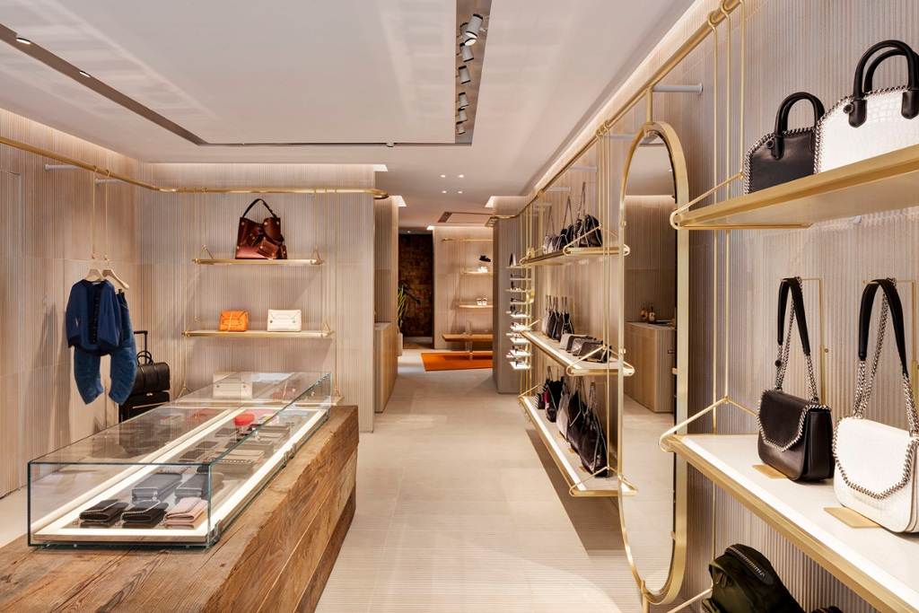 En image : la nouvelle boutique Stella McCartney à Paris