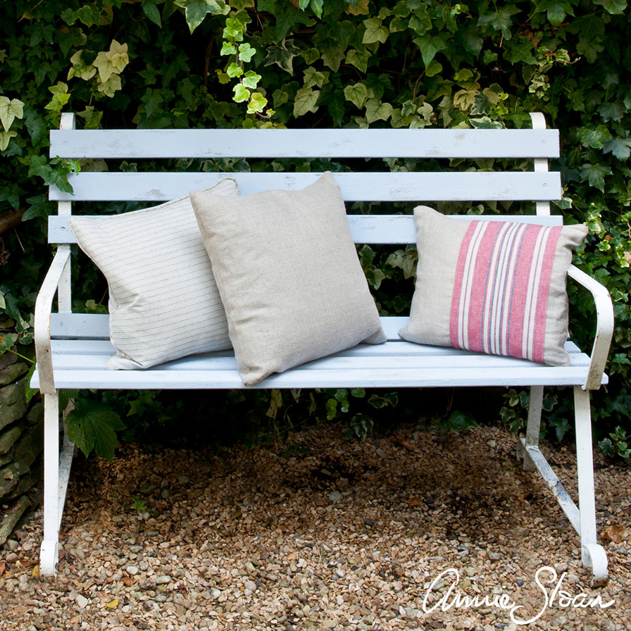 Inspiration | Painted garden bench | Annie Sloan