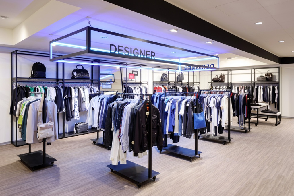 In Pictures: Saks Off 5th Düsseldorf