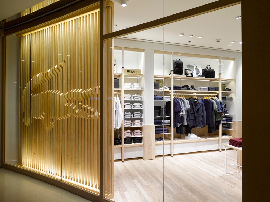 Lacoste presents its new store concept